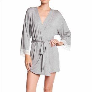 NWT Honeydew lace trim robe by H dew